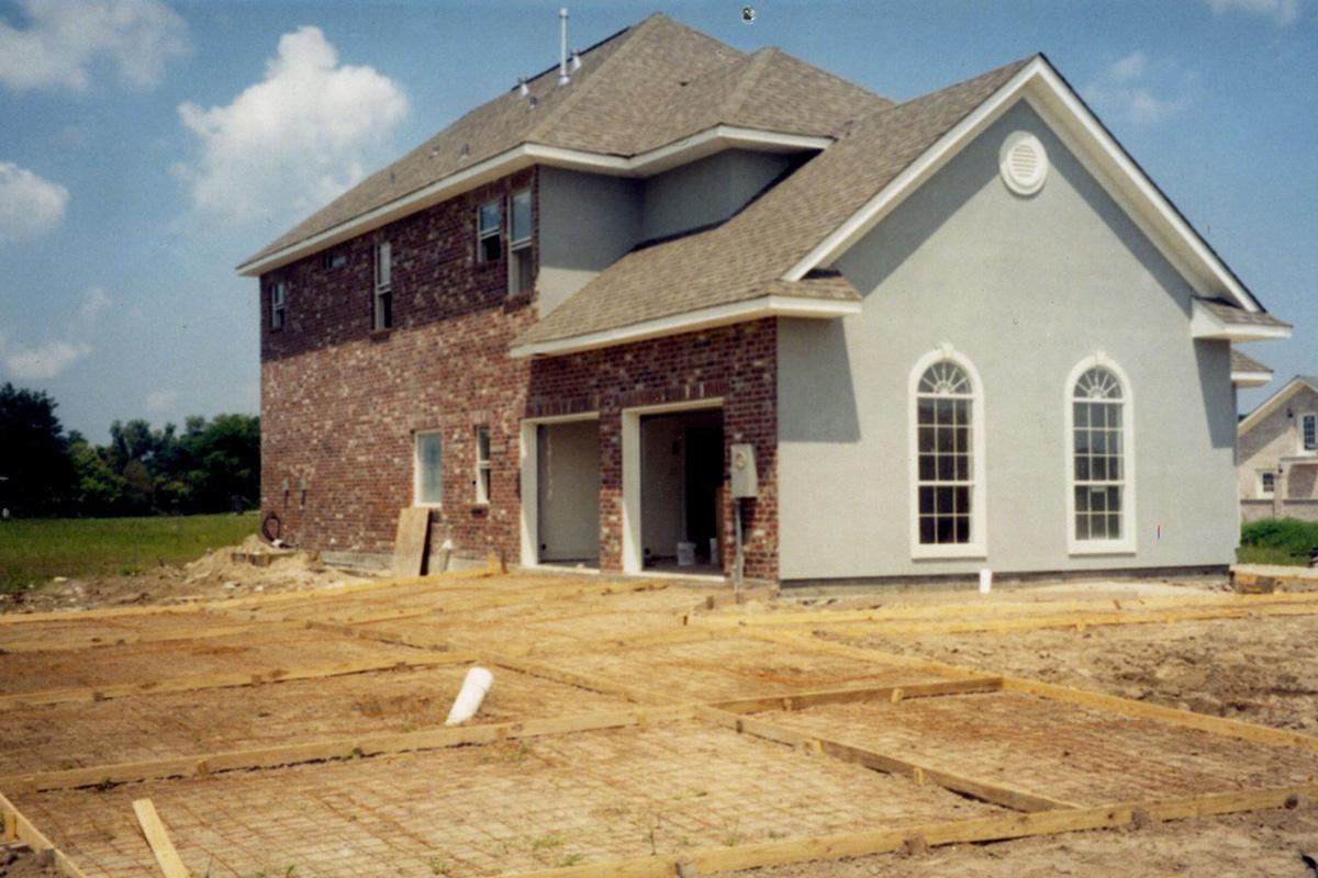 house-slide2